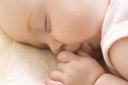 Як відучити дитину пити вночі