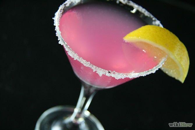 Зображення з назвою Make a Pomegranate Martini Intro