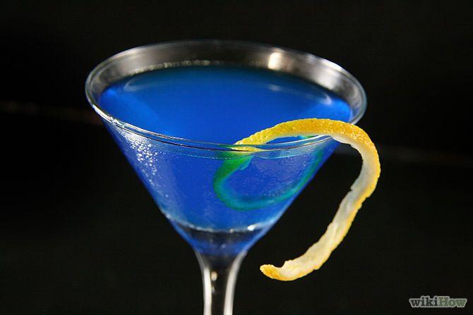 Зображення з назвою Make a Blue Martini Intro