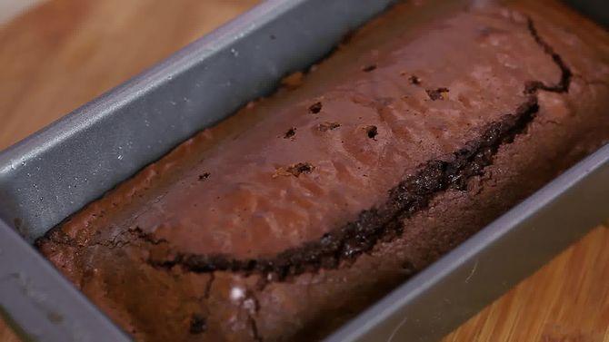 Зображення з назвою Make a Brownie Cake Step 6 preview