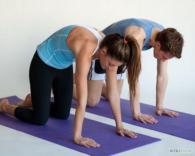 Зображення з назвою Get a More Flexible Back Step 5