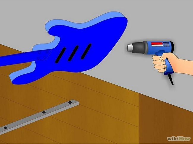 Зображення з назвою Custom Paint Your Electric Guitar Step 11