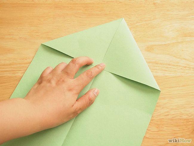 Зображення з назвою Make a Loop De Loop Paper Airplane Step 2