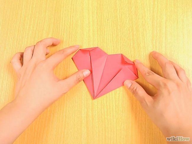 Зображення з назвою Make an Origami Pocket Heart Step 10