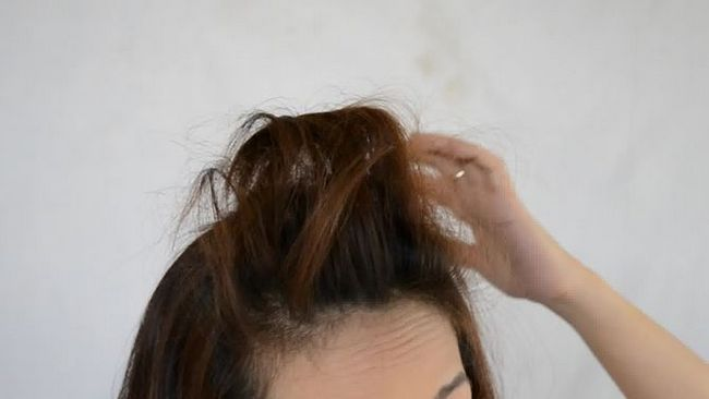 Зображення з назвою Do Hair Styles With a Bump Step 5 preview