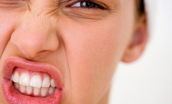 Капи від бруксизму: ефективність, особливості застосування, види та відгуки
