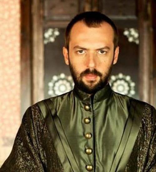 Окан ялабик: біографія популярного турецького актора