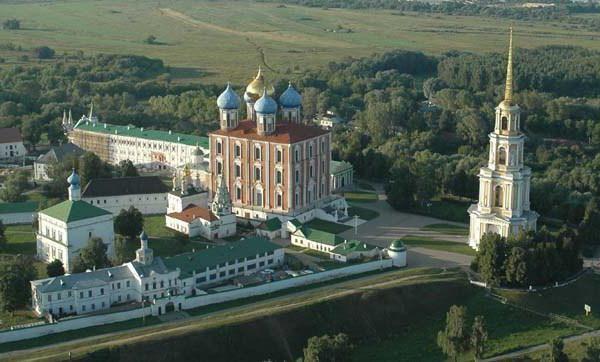 Рязанський кремль, соборна дзвіниця в місті рязані: опис, пам`ятки, історія і цікаві факти