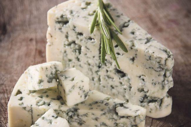 Види сирів з цвіллю
