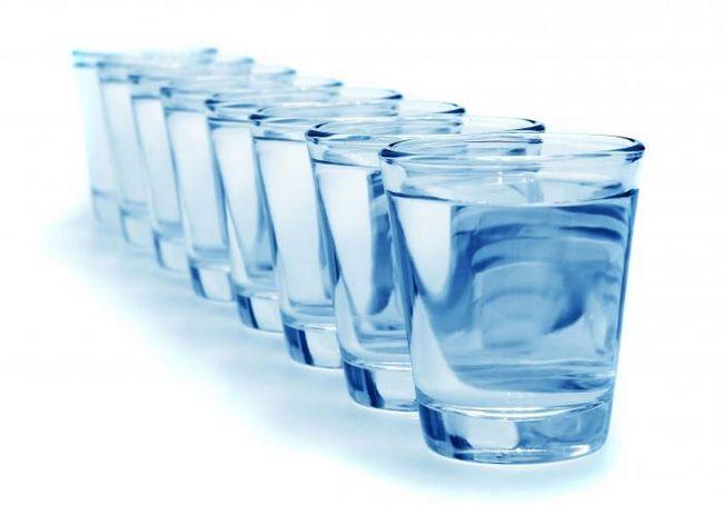 Цілюща сила природи, або скільки потрібно випити води в день