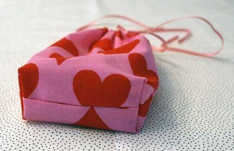 Як зробити подарунковий мішечок