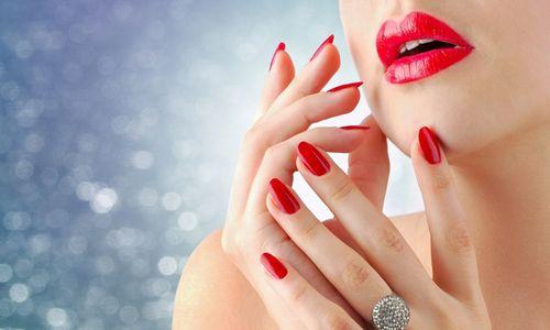 відремонтовані нігті