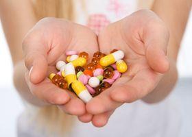 Часте лікування антибіотиками в ранньому дитинстві призводить до ожиріння