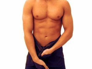 Коротка вуздечка крайньої плоті у чоловіків