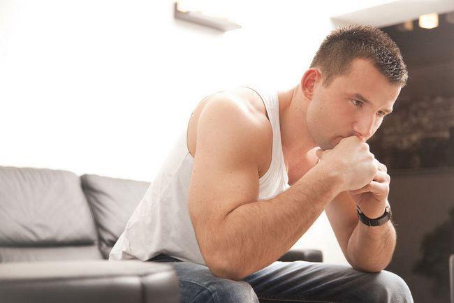 Чому крайня плоть опухла і що робити?