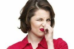 Запах ацетону з рота - один із симптомів гіперглікемії