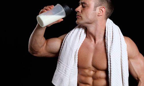 Чи корисний чоловікам протеїн
